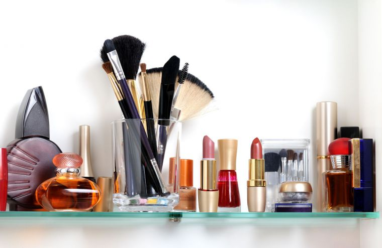 personal makeup application services