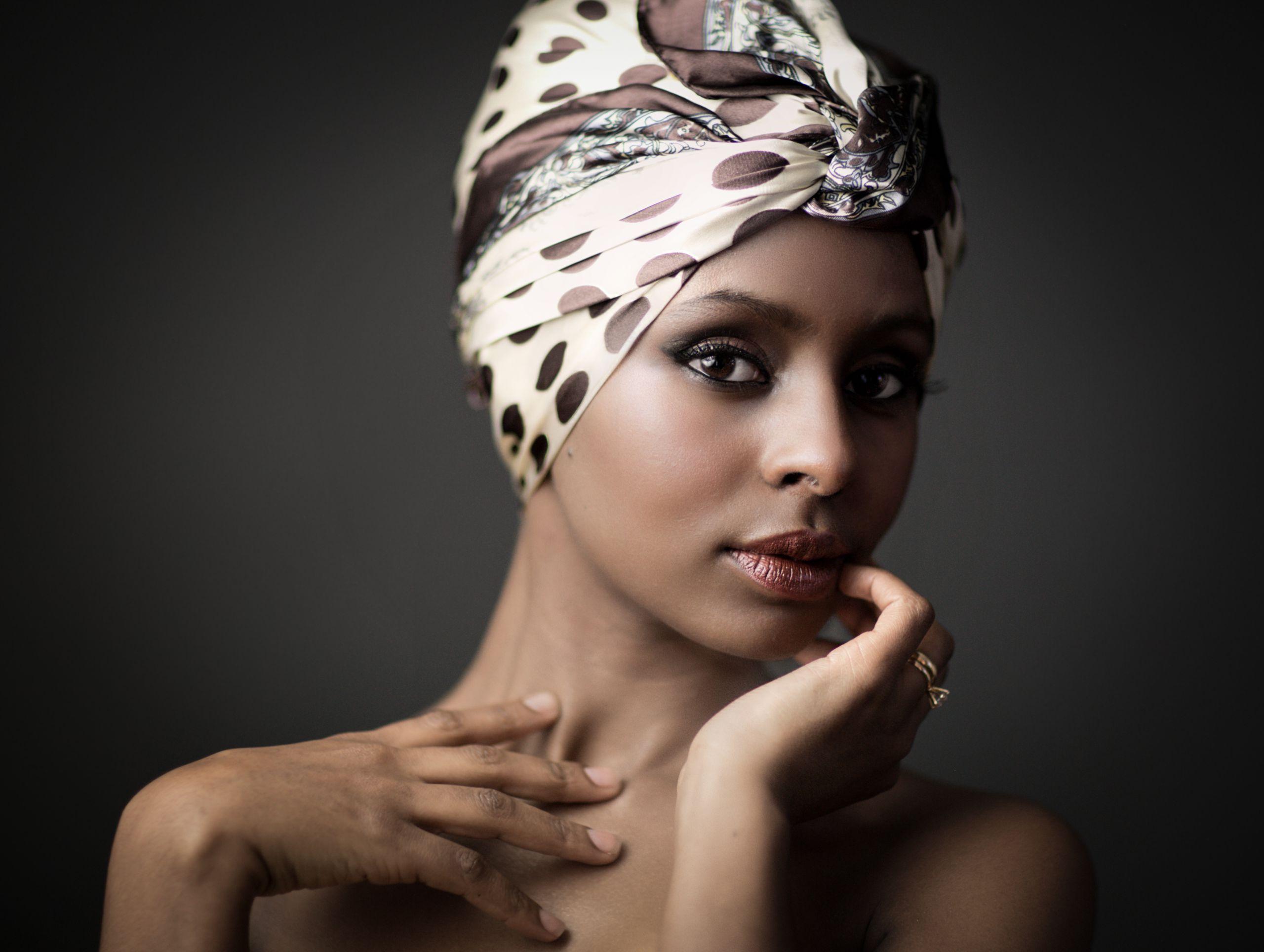 Gorgeous makeup artist look
